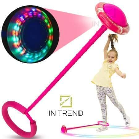 Скакалка на ногу светящаяся крутилка с колесиком детская интерактивная игрушка нейроскакалка с подсветкой 62 см, Розовый